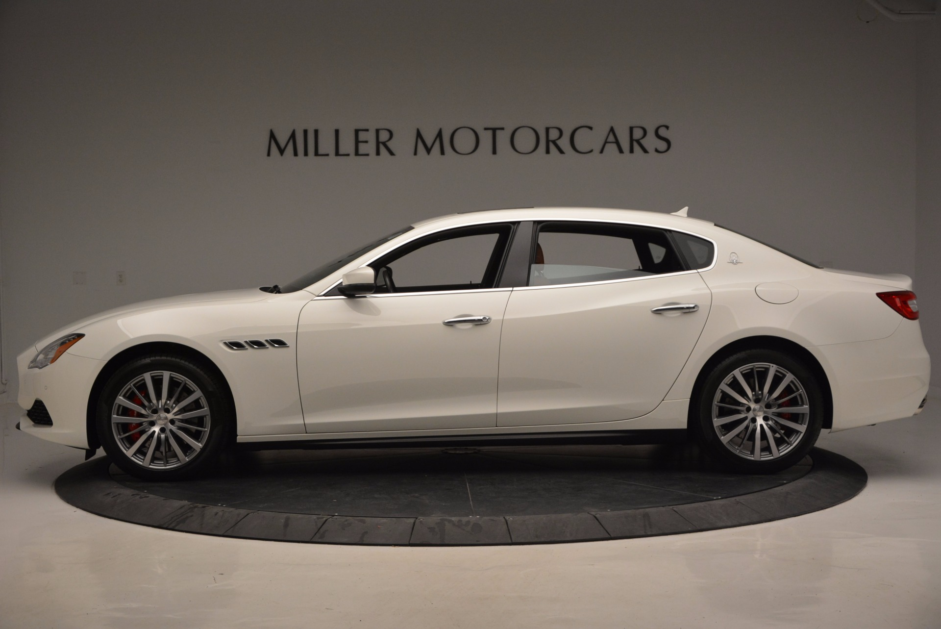 New 2017 Maserati Quattroporte SQ4 For Sale In Greenwich, CT. Alfa Romeo of Greenwich, M1776 947_p3