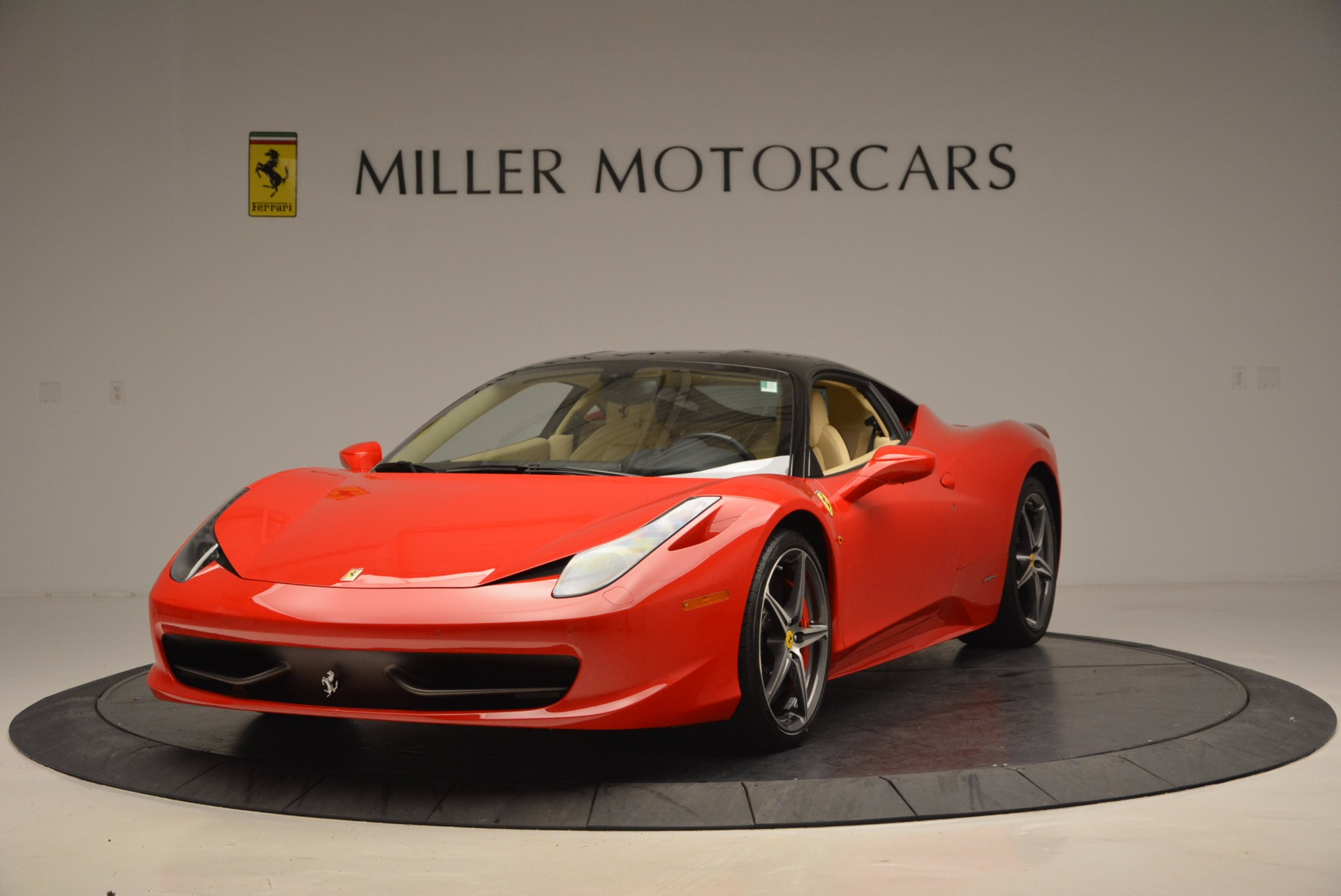 Used 2011 Ferrari 458 Italia  For Sale In Greenwich, CT. Alfa Romeo of Greenwich, 4379 953_main
