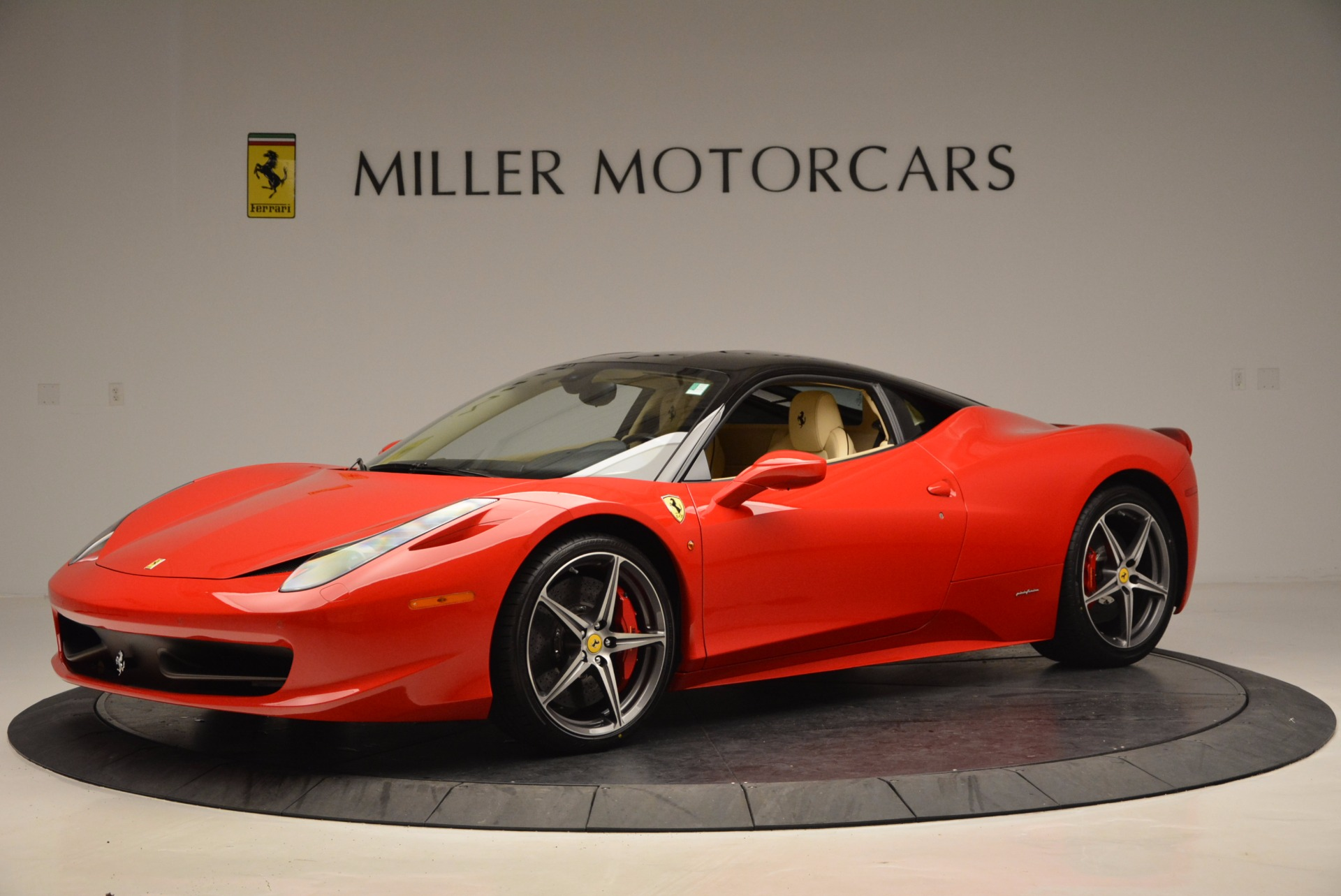 Used 2011 Ferrari 458 Italia  For Sale In Greenwich, CT. Alfa Romeo of Greenwich, 4379 953_p2