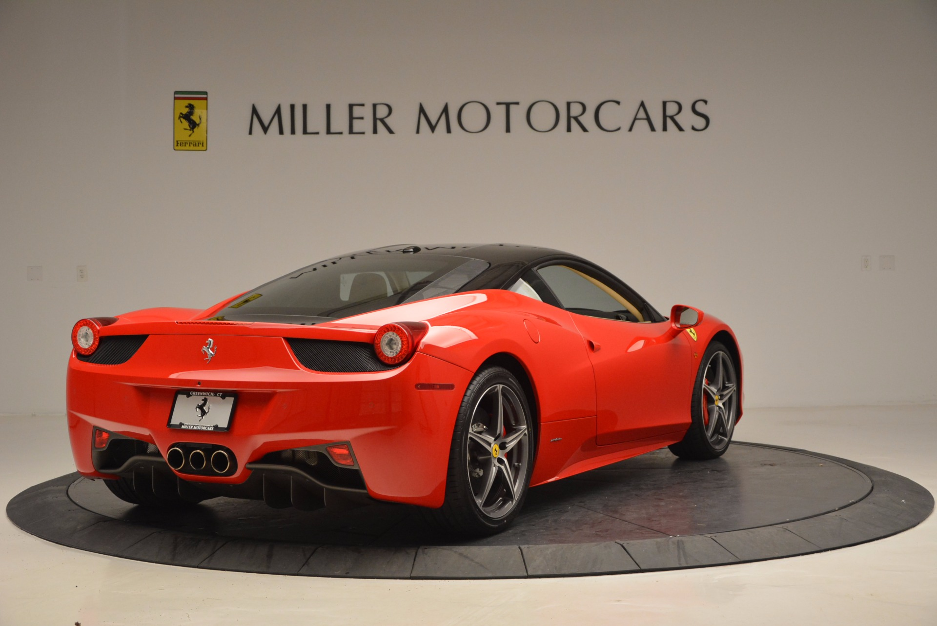 Used 2011 Ferrari 458 Italia  For Sale In Greenwich, CT. Alfa Romeo of Greenwich, 4379 953_p7