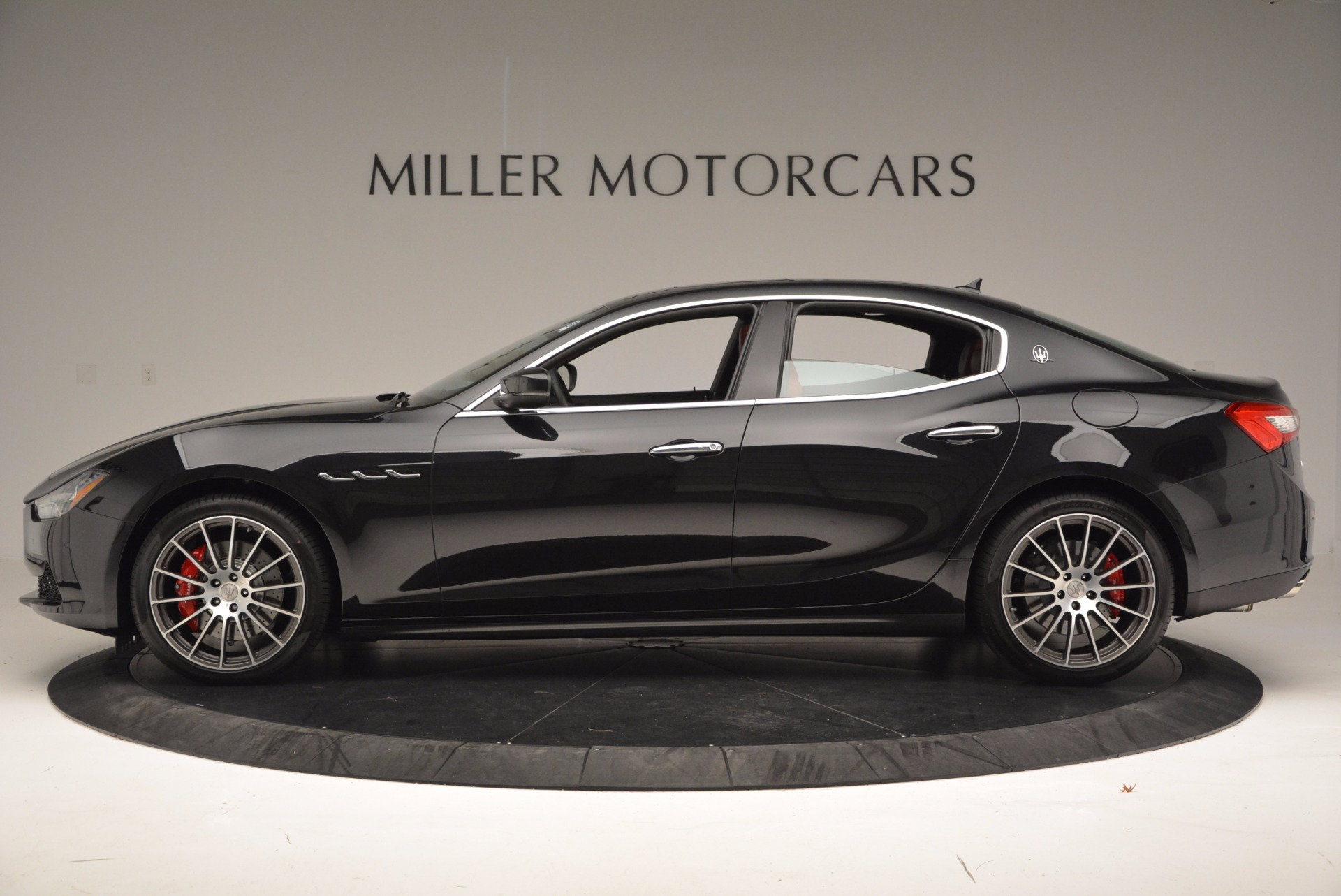 New 2017 Maserati Ghibli S Q4 For Sale In Greenwich, CT. Alfa Romeo of Greenwich, M1803 961_main