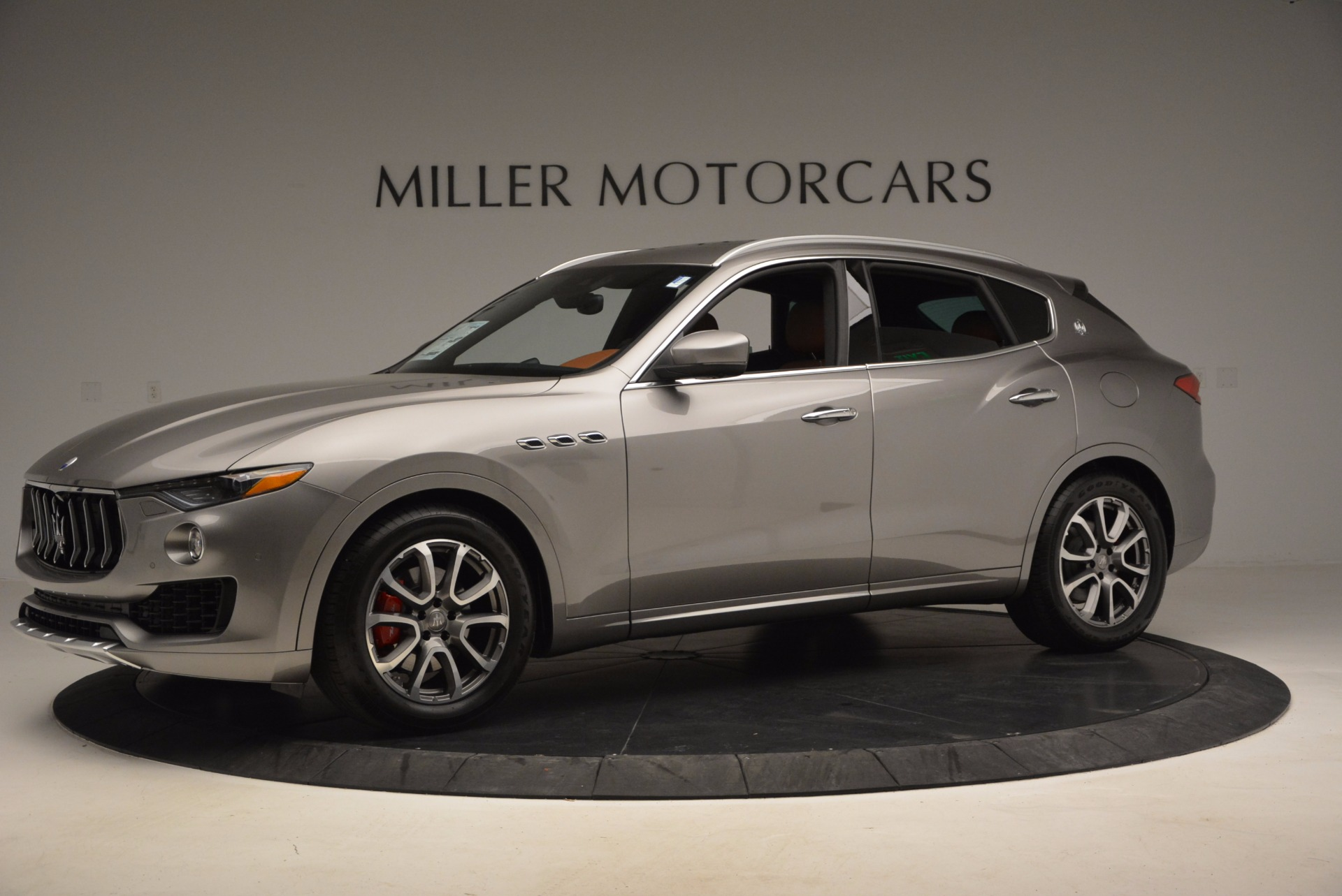 New 2017 Maserati Levante  For Sale In Greenwich, CT. Alfa Romeo of Greenwich, M1799 966_p2