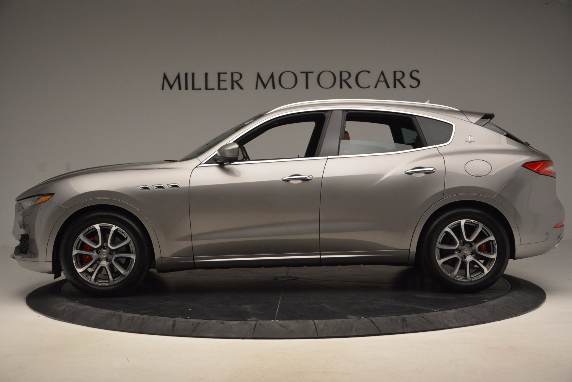 New 2017 Maserati Levante  For Sale In Greenwich, CT. Alfa Romeo of Greenwich, M1799 966_p3