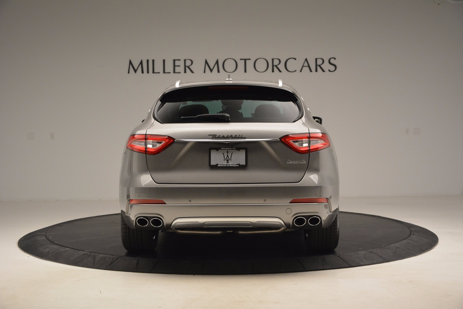 New 2017 Maserati Levante  For Sale In Greenwich, CT. Alfa Romeo of Greenwich, M1799 966_p6