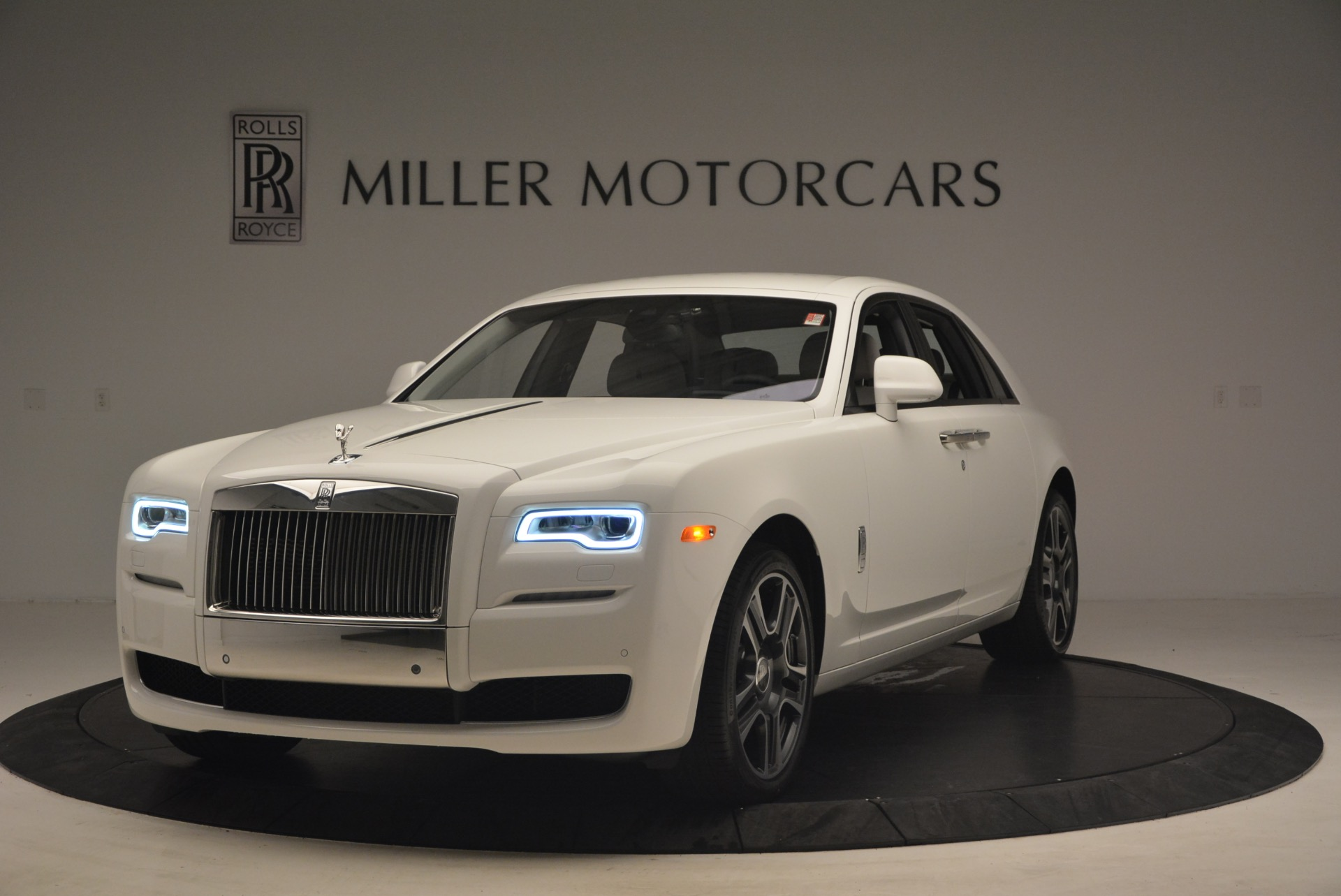 Used 2017 Rolls-Royce Ghost  For Sale In Greenwich, CT. Alfa Romeo of Greenwich, R427