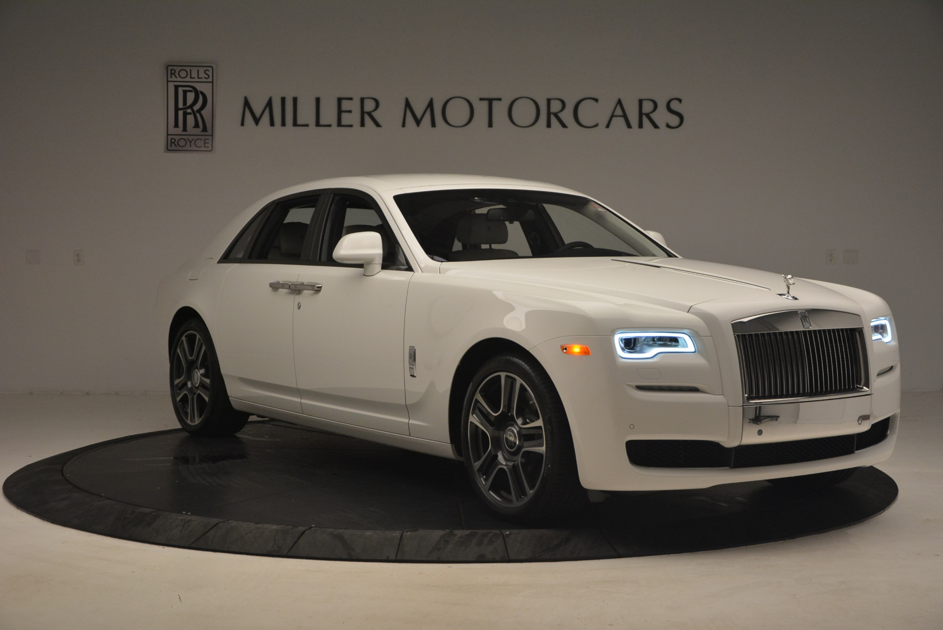 Used 2017 Rolls-Royce Ghost  For Sale In Greenwich, CT. Alfa Romeo of Greenwich, R427 971_p11