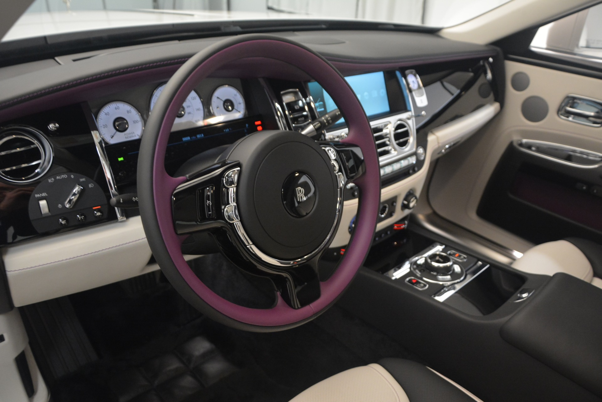 Used 2017 Rolls-Royce Ghost  For Sale In Greenwich, CT. Alfa Romeo of Greenwich, R427 971_p22