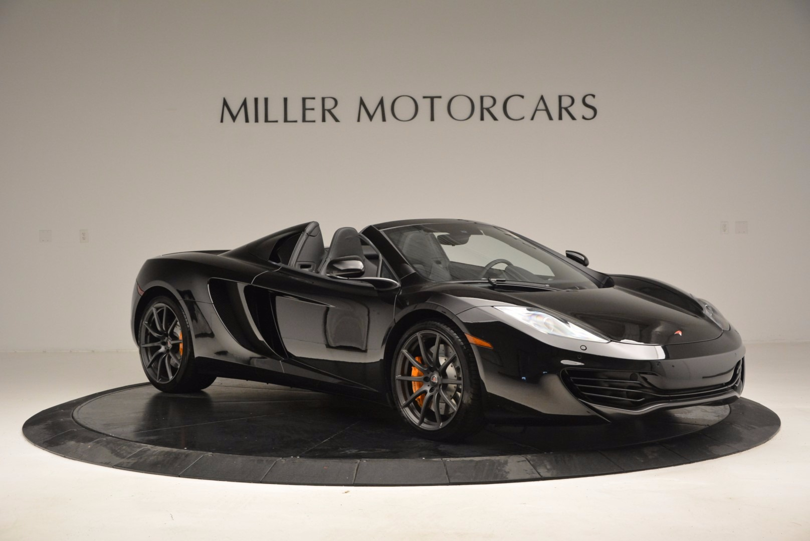 Used 2013 McLaren 12C Spider  For Sale In Greenwich, CT. Alfa Romeo of Greenwich, 3093 973_p10