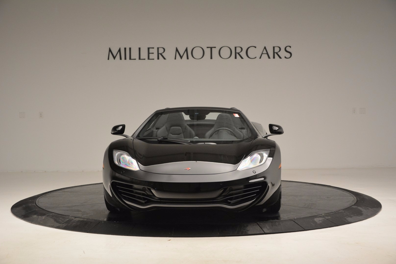 Used 2013 McLaren 12C Spider  For Sale In Greenwich, CT. Alfa Romeo of Greenwich, 3093 973_p12