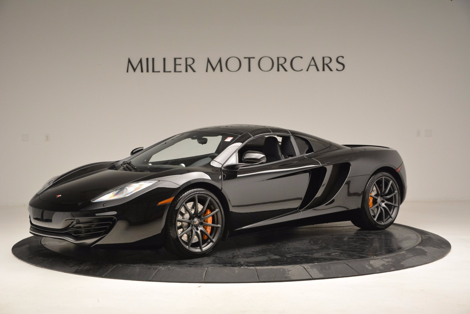 Used 2013 McLaren 12C Spider  For Sale In Greenwich, CT. Alfa Romeo of Greenwich, 3093 973_p15
