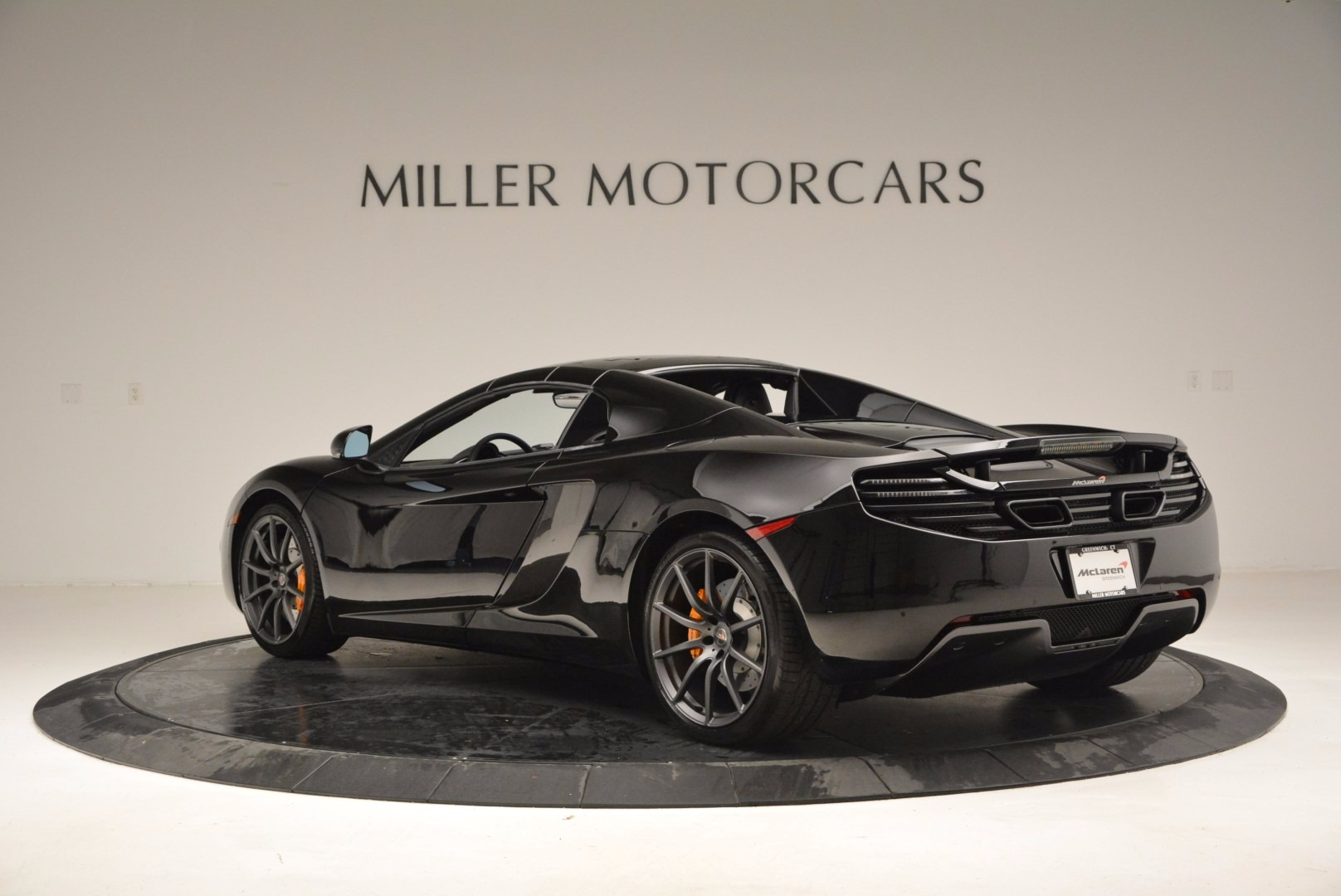 Used 2013 McLaren 12C Spider  For Sale In Greenwich, CT. Alfa Romeo of Greenwich, 3093 973_p17