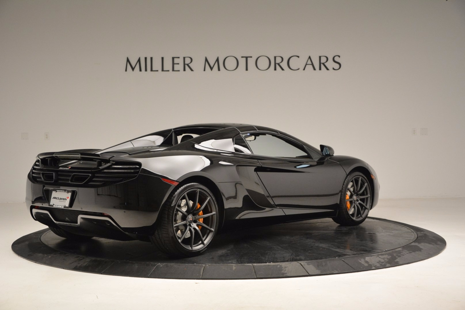 Used 2013 McLaren 12C Spider  For Sale In Greenwich, CT. Alfa Romeo of Greenwich, 3093 973_p19