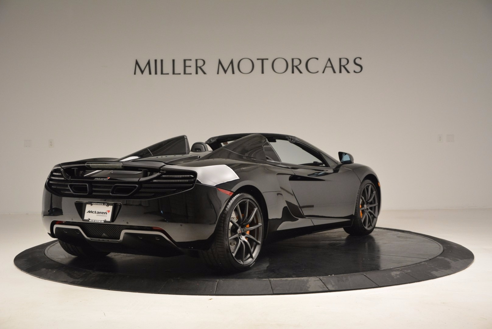 Used 2013 McLaren 12C Spider  For Sale In Greenwich, CT. Alfa Romeo of Greenwich, 3093 973_p7