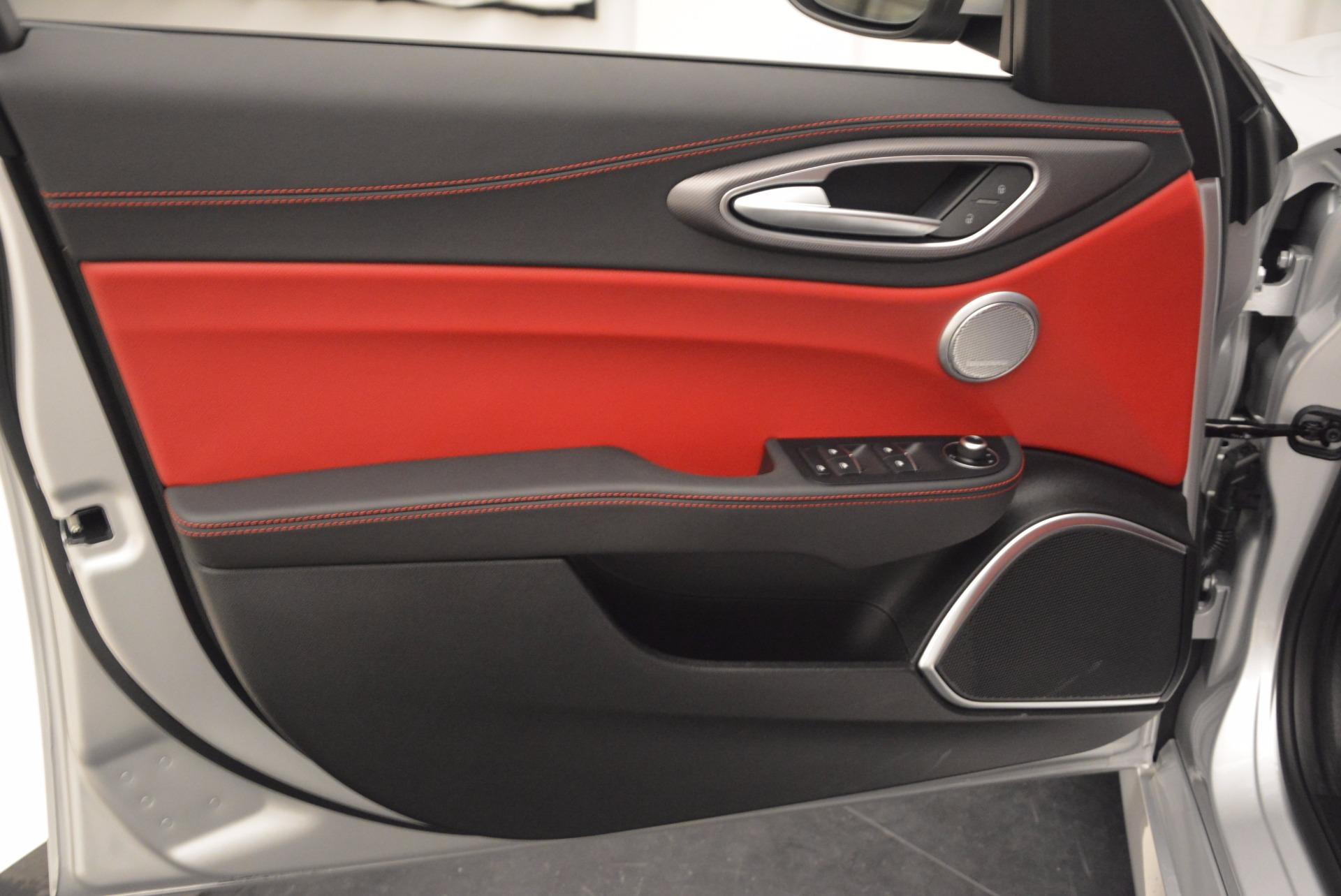 New 2017 Alfa Romeo Giulia Ti Q4 For Sale In Greenwich, CT. Alfa Romeo of Greenwich, L069 980_p23