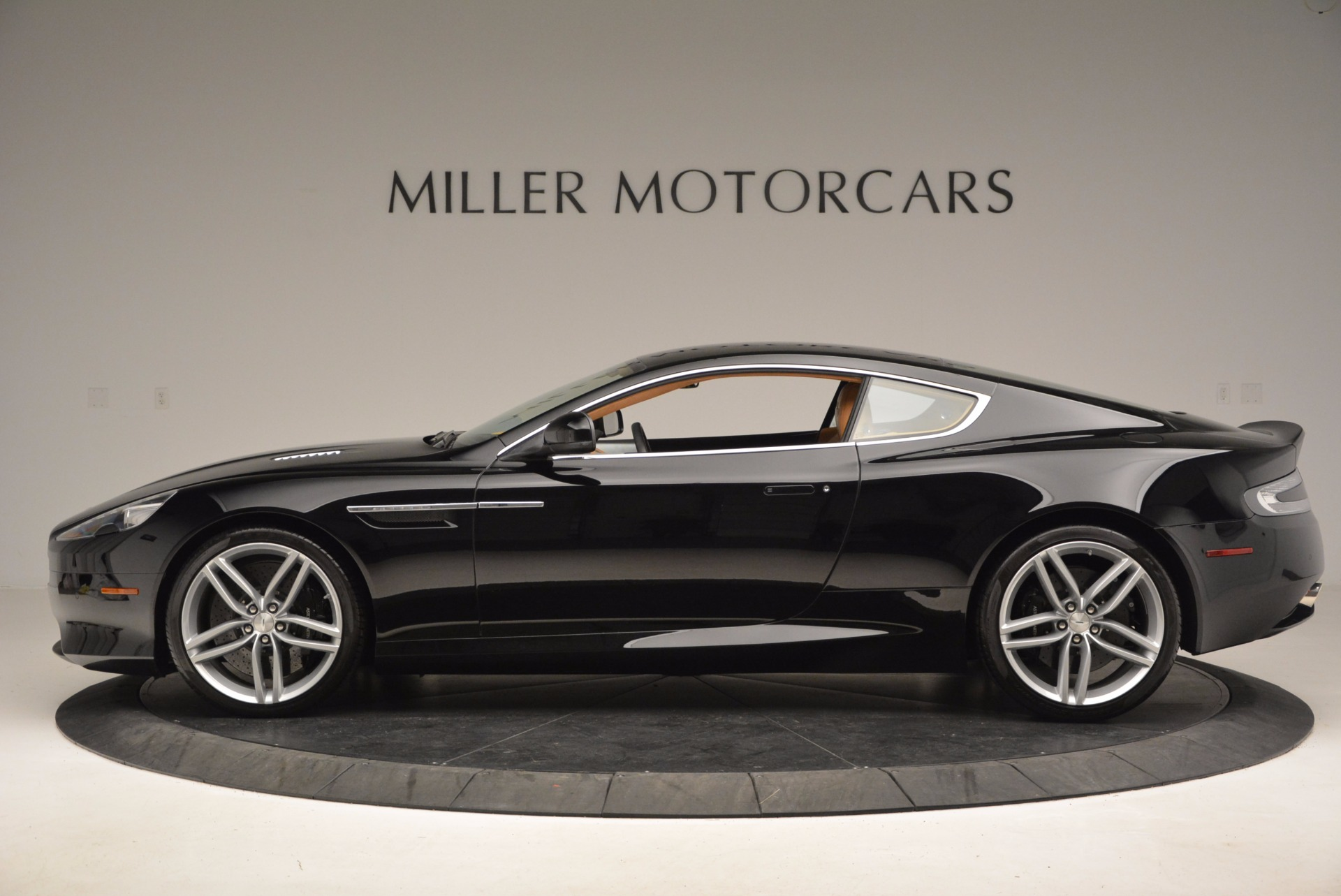 Used 2014 Aston Martin DB9  For Sale In Greenwich, CT. Alfa Romeo of Greenwich, 7164 997_p3