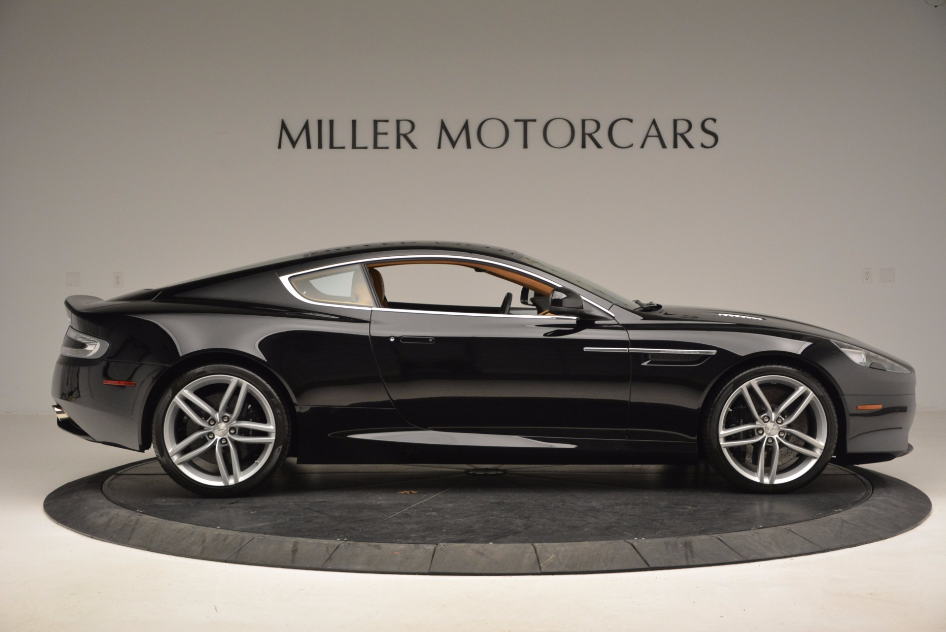 Used 2014 Aston Martin DB9  For Sale In Greenwich, CT. Alfa Romeo of Greenwich, 7164 997_p9