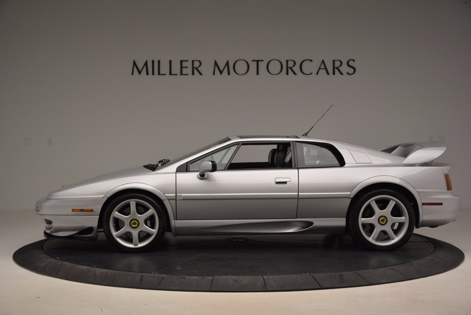 Used 2001 Lotus Esprit  For Sale In Greenwich, CT. Alfa Romeo of Greenwich, MC257A 998_p3