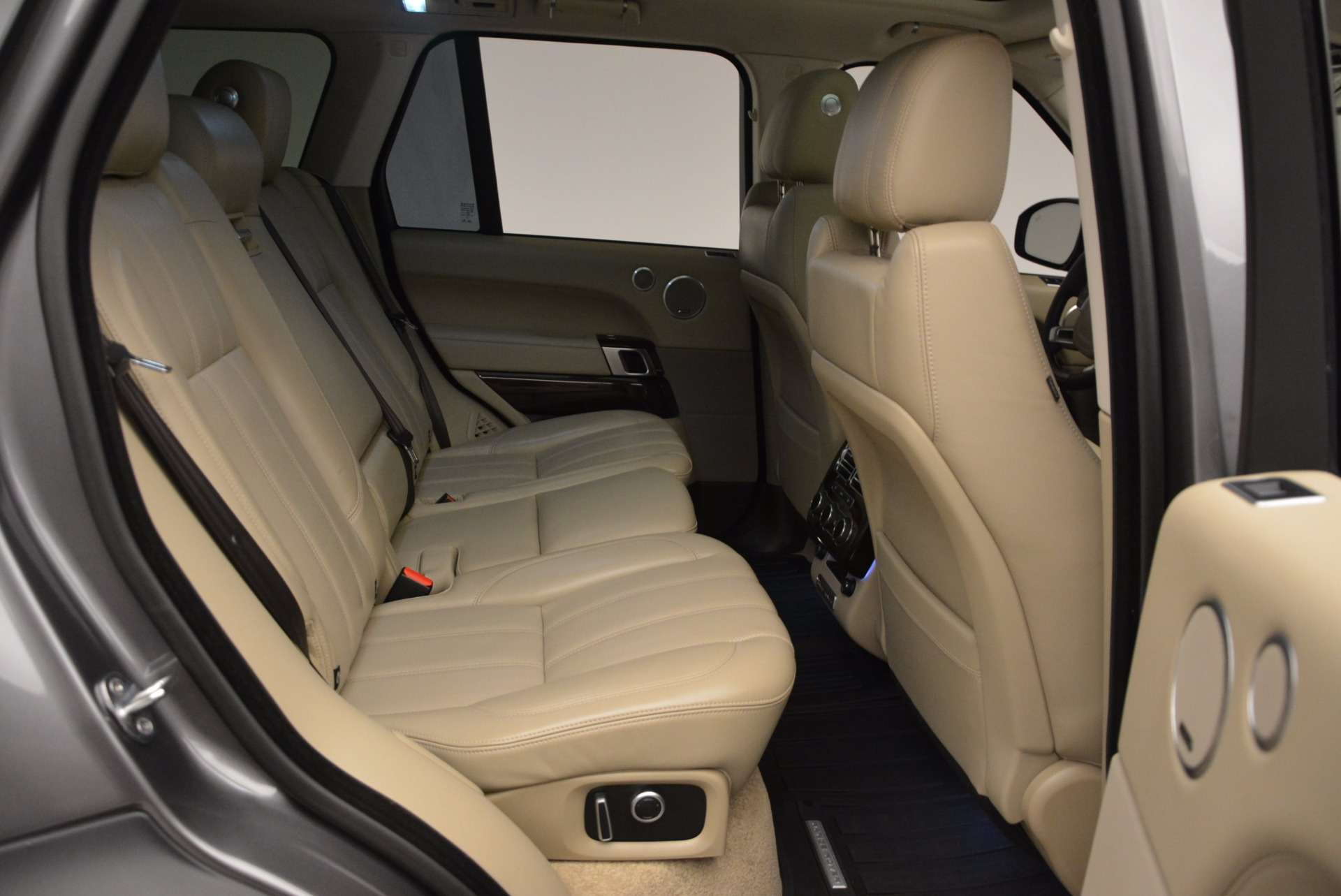 Used 2016 Land Rover Range Rover HSE TD6 For Sale In Greenwich, CT. Alfa Romeo of Greenwich, 7166 999_p33
