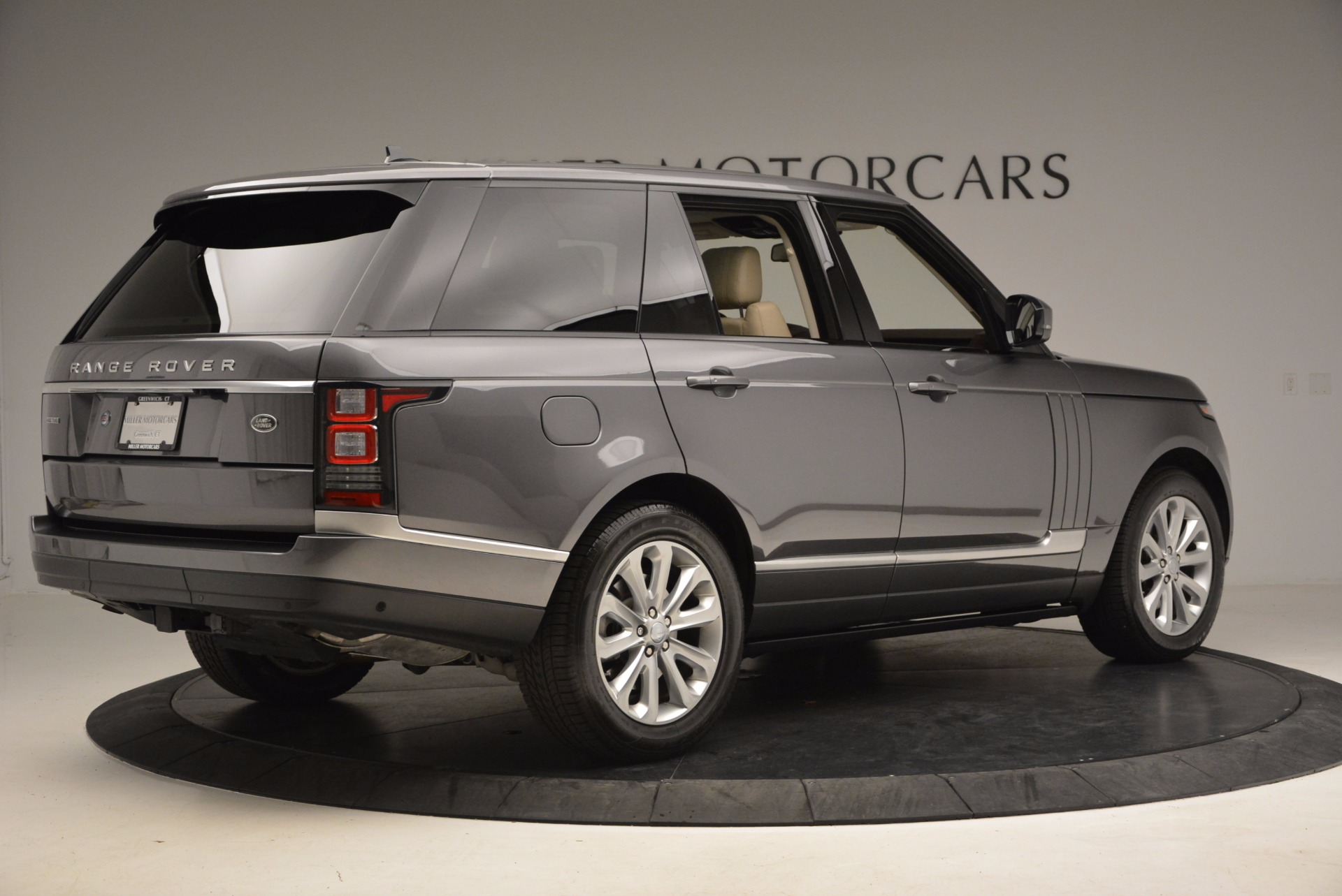 Used 2016 Land Rover Range Rover HSE TD6 For Sale In Greenwich, CT. Alfa Romeo of Greenwich, 7166 999_p8