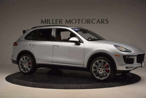 Used 2016 Porsche Cayenne Turbo for sale Sold at Alfa Romeo of Greenwich in Greenwich CT 06830 10