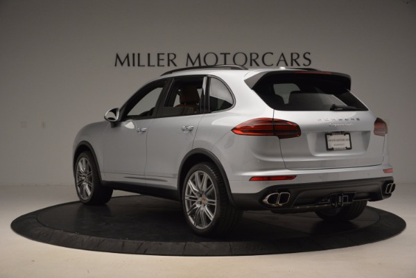 Used 2016 Porsche Cayenne Turbo for sale Sold at Alfa Romeo of Greenwich in Greenwich CT 06830 5