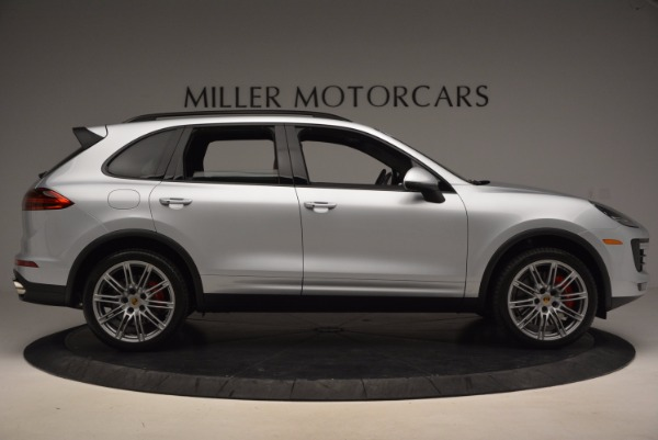 Used 2016 Porsche Cayenne Turbo for sale Sold at Alfa Romeo of Greenwich in Greenwich CT 06830 9