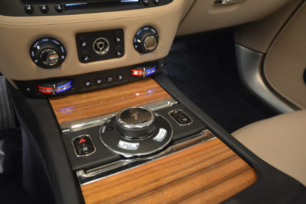 Used 2015 Rolls-Royce Wraith for sale Sold at Alfa Romeo of Greenwich in Greenwich CT 06830 21