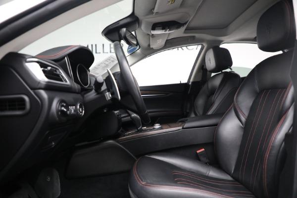 New 2017 Maserati Ghibli S Q4 EX-Loaner for sale Sold at Alfa Romeo of Greenwich in Greenwich CT 06830 14