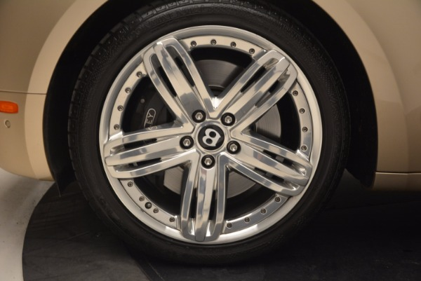 Used 2011 Bentley Mulsanne for sale Sold at Alfa Romeo of Greenwich in Greenwich CT 06830 18