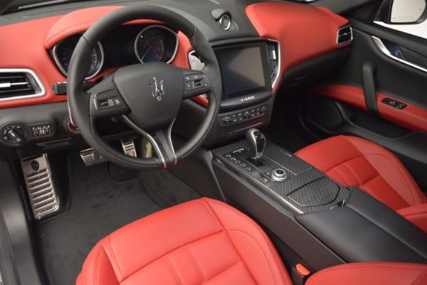 New 2017 Maserati Ghibli SQ4 for sale Sold at Alfa Romeo of Greenwich in Greenwich CT 06830 18