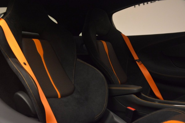 New 2017 McLaren 570S for sale Sold at Alfa Romeo of Greenwich in Greenwich CT 06830 20