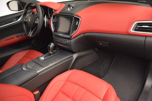 Used 2017 Maserati Ghibli S Q4 for sale $42,900 at Alfa Romeo of Greenwich in Greenwich CT 06830 15