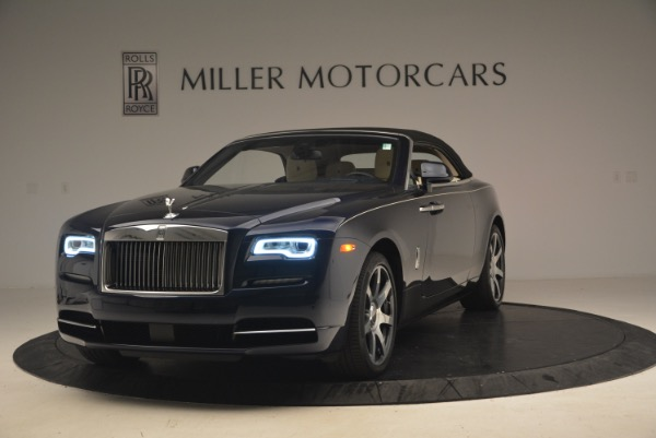 Used 2017 Rolls-Royce Dawn for sale $239,900 at Alfa Romeo of Greenwich in Greenwich CT 06830 14