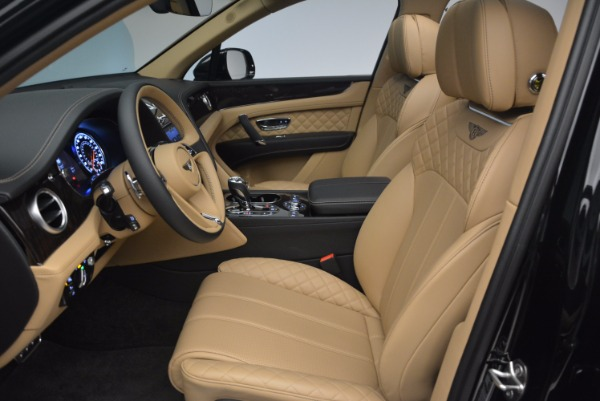 Used 2017 Bentley Bentayga for sale Sold at Alfa Romeo of Greenwich in Greenwich CT 06830 22