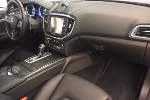 Used 2014 Maserati Ghibli S Q4 for sale Sold at Alfa Romeo of Greenwich in Greenwich CT 06830 19