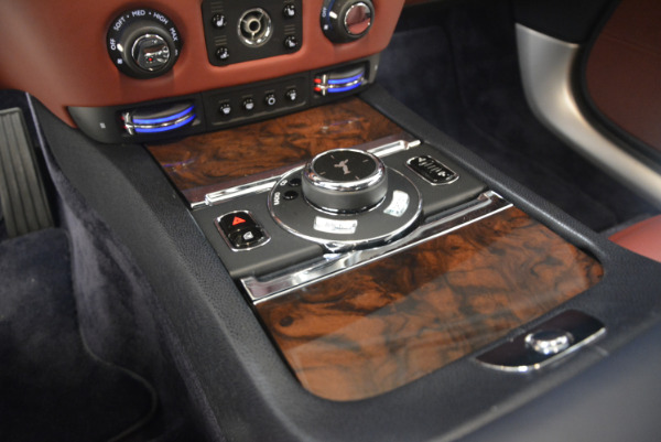 Used 2016 Rolls-Royce Wraith for sale Sold at Alfa Romeo of Greenwich in Greenwich CT 06830 23