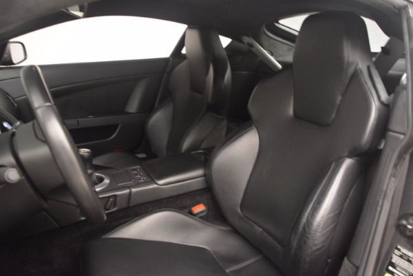 Used 2006 Aston Martin V8 Vantage Coupe for sale Sold at Alfa Romeo of Greenwich in Greenwich CT 06830 17