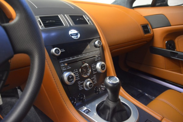 Used 2009 Aston Martin V8 Vantage for sale Sold at Alfa Romeo of Greenwich in Greenwich CT 06830 17