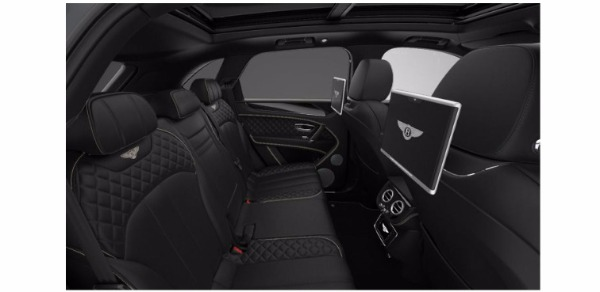 Used 2017 Bentley Bentayga W12 for sale Sold at Alfa Romeo of Greenwich in Greenwich CT 06830 7