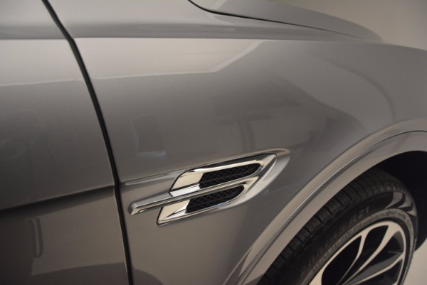 New 2018 Bentley Bentayga Onyx for sale Sold at Alfa Romeo of Greenwich in Greenwich CT 06830 19