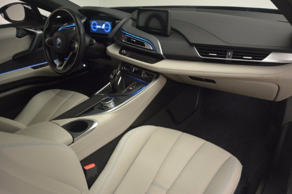 Used 2014 BMW i8 for sale Sold at Alfa Romeo of Greenwich in Greenwich CT 06830 20