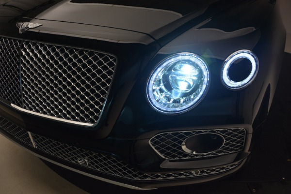 New 2018 Bentley Bentayga Activity Edition-Now with seating for 7!!! for sale Sold at Alfa Romeo of Greenwich in Greenwich CT 06830 19