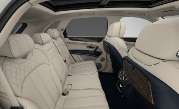 Used 2017 Bentley Bentayga for sale Sold at Alfa Romeo of Greenwich in Greenwich CT 06830 7