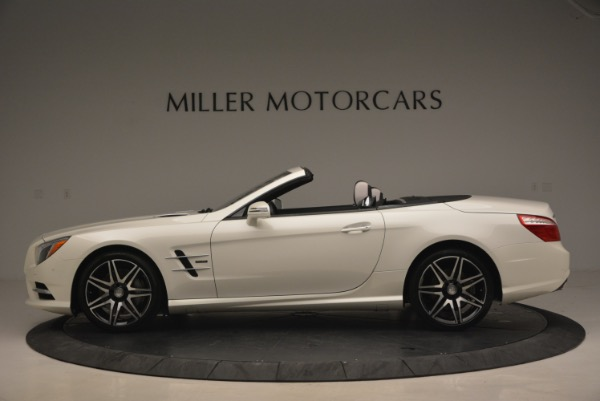 Used 2015 Mercedes Benz SL-Class SL 550 for sale Sold at Alfa Romeo of Greenwich in Greenwich CT 06830 3