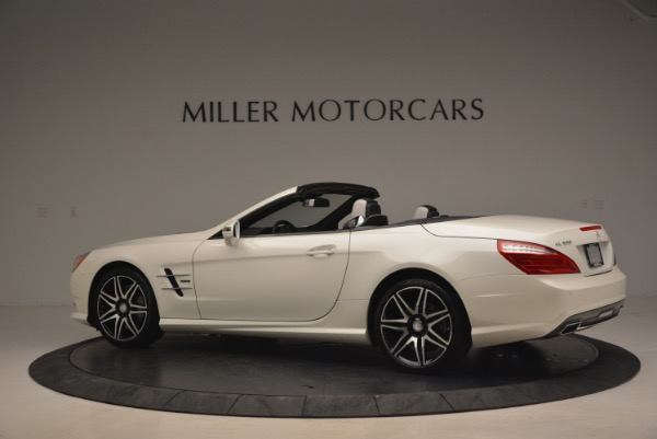 Used 2015 Mercedes Benz SL-Class SL 550 for sale Sold at Alfa Romeo of Greenwich in Greenwich CT 06830 4