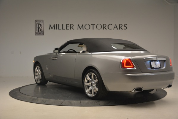 Used 2016 Rolls-Royce Dawn for sale Sold at Alfa Romeo of Greenwich in Greenwich CT 06830 18