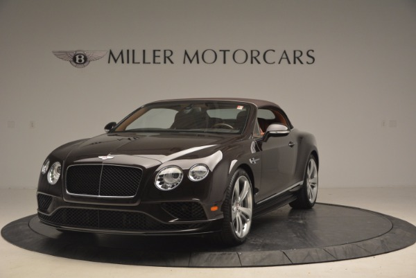 Used 2017 Bentley Continental GTC V8 S for sale $159,900 at Alfa Romeo of Greenwich in Greenwich CT 06830 13
