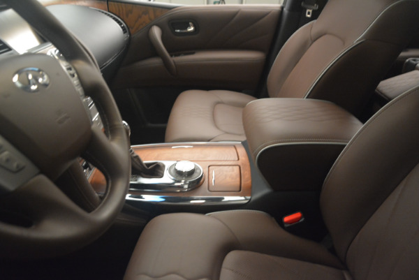 Used 2015 INFINITI QX80 Limited 4WD for sale Sold at Alfa Romeo of Greenwich in Greenwich CT 06830 14