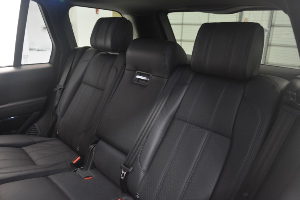 Used 2015 Land Rover Range Rover Supercharged for sale Sold at Alfa Romeo of Greenwich in Greenwich CT 06830 25