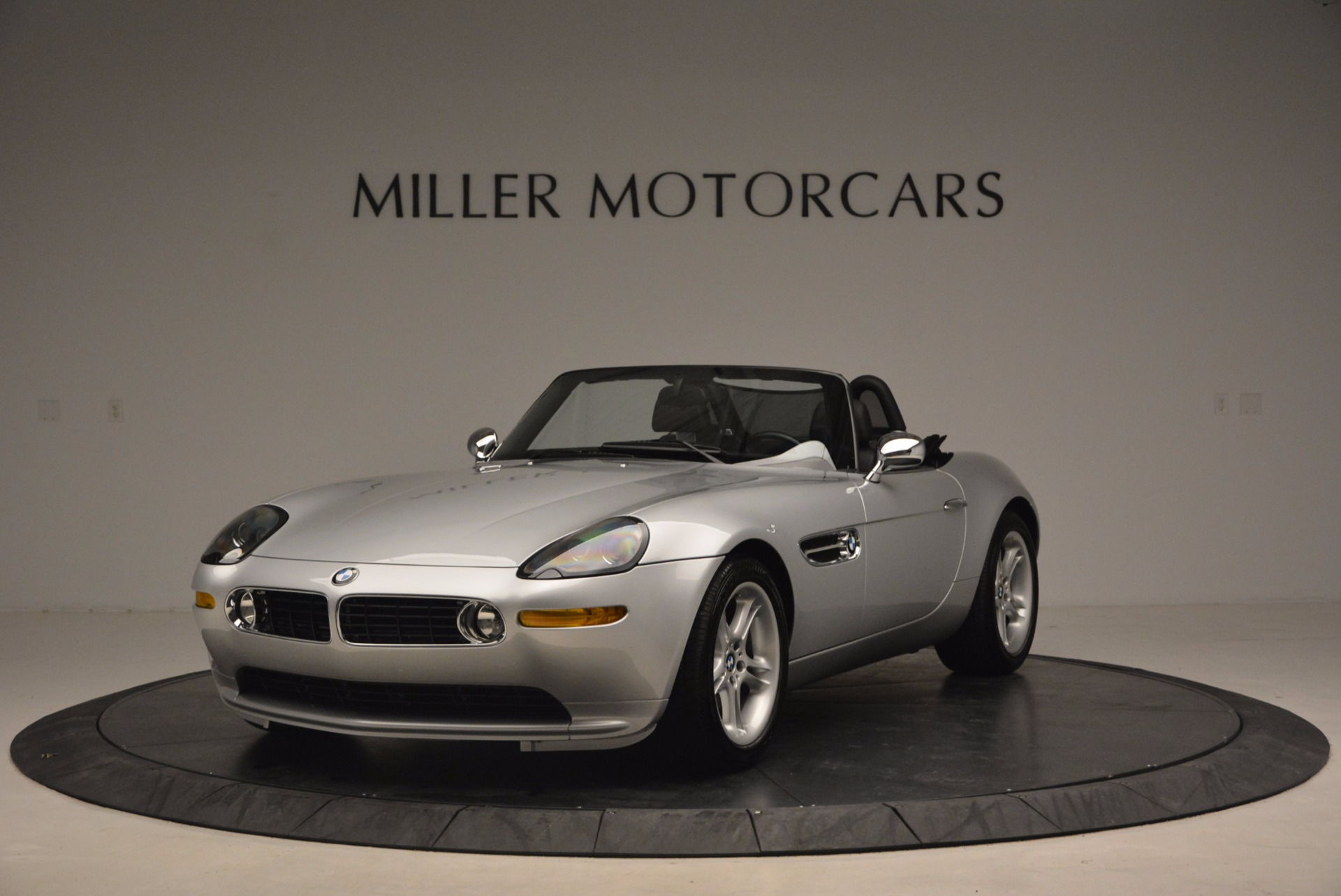 Used 2001 BMW Z8 for sale Sold at Alfa Romeo of Greenwich in Greenwich CT 06830 1